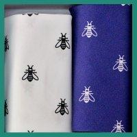 Kapesníky pánské 2ks, včela - 100% bavlněné kapesníky s tématickým popisem.