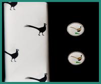 Sada kapesník + manžetové knoflíky BAŽANT - 100% bavlněný pánské kapesník tématicky sladěný s manžetovými knoflíčky. Zboží máme skladem - připraveno k okamžitému odeslání!